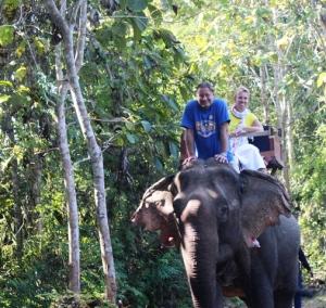 Gewitter im Dschungel